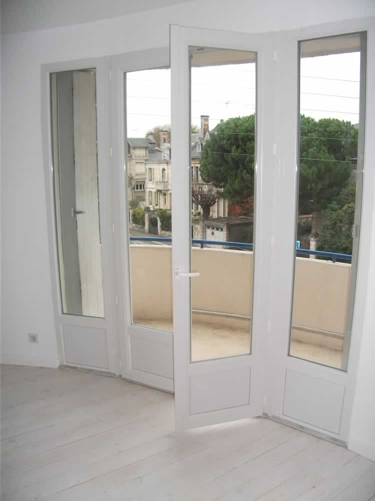Porte fenetre pvc renovation lapeyre for Prix porte interieur renovation
